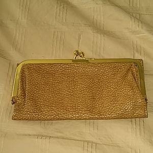Women's brown/tan clutch wallet
